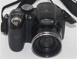 Fuji film finepix s1800 camera in bag S036073A