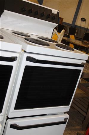 White defy 4 plate stove S030753A #Rosettenvillepawnshop