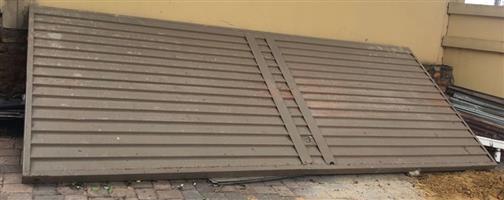 Double Garage Door - Metal
