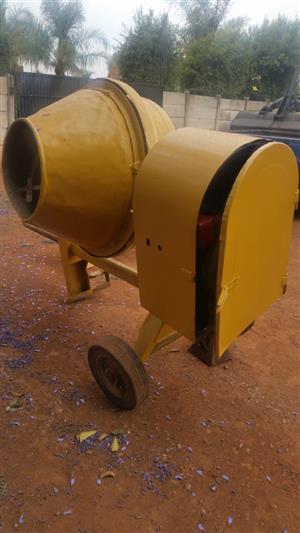 250L Diesel Concrete Mixer Give Away Sale