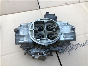 Reckoned 725 Holley Carb