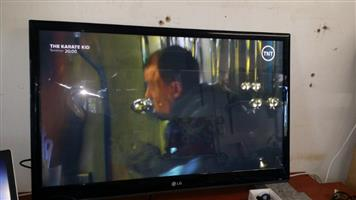 LG 42 inch TV with Remote - excellent picture quality