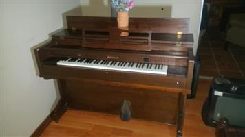 Old piano for sale