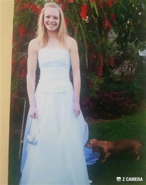 Wedding Dress / Ball Gown