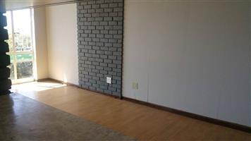 Bryanston Studio T/House to rent