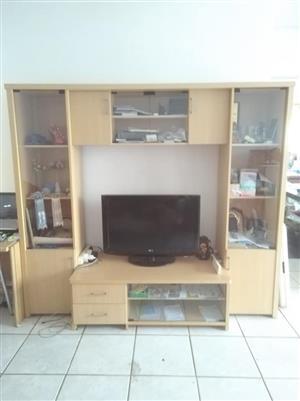 TV cabinet 210×185 cm