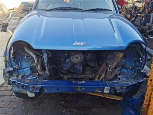 BLUE JEEP CHEROKEE 2.5 KJ STRIPPING FOR SPARES