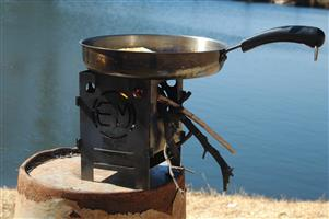 Hiking Bush survival (no electricity gas coal etc.) camping cooking stove