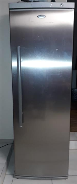 Whirlpool WVR420 IX Tall Refrigerator 376L Gross Volume (Not In Working Condition)
