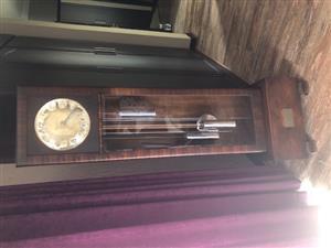 Antique Clock For Sale. Good Condition.