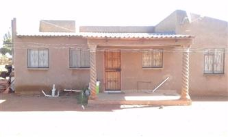 Charming 3 bedroom house available immediately for sale