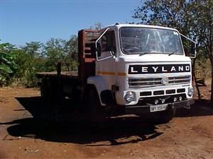Leyland Double Axcle, Flat Deck Truck