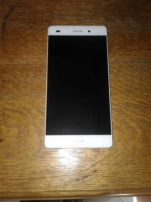 Hauwei P8 lite with box and Earphones and charger.