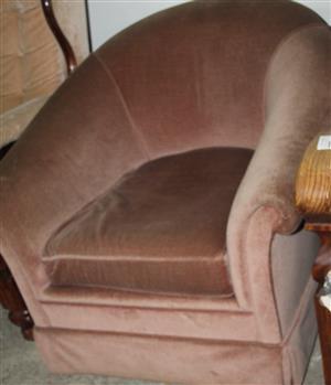 S035626B Brown single couch #Rosettenvillepawnshop
