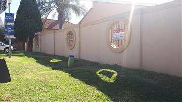 3 Bedroom House FOR SALE in Boksburg North