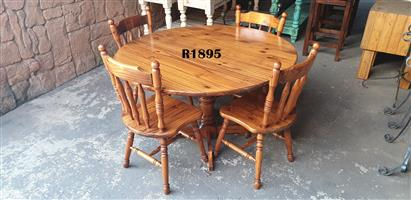 Cottage Round Table with 4 Chairs (D1300 H 780)