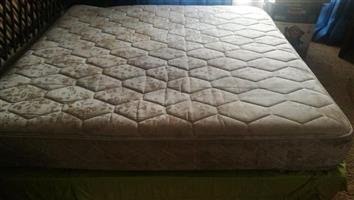 King size base and mattress