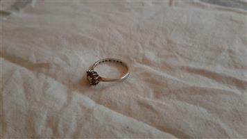 Diamond ring in 9ct white gold for sale  Rustenburg