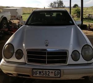 1999 Mercedes Benz E-Class sedan E 350d EXCLUSIVE