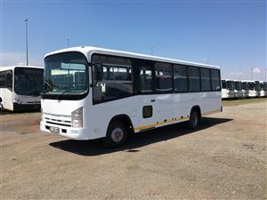 2009 ISUZU NQR 500 (35 SEATER)