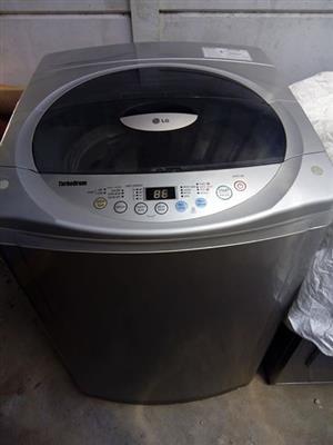 LG fuzzy logic 13kg washing machine.