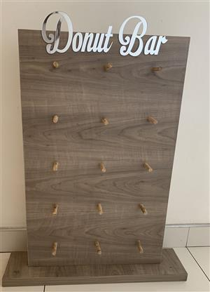 Donut wall/ Doughnut Wall
