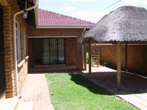 3 Slaapkamer huis te koop in Berg ln, Florauna, Pretoria-Noord
