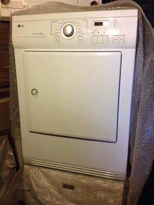 TUMBLE DRIER & WASHING MACHINE LG  =  R8800