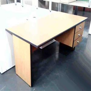Straight desk with fitted pedestal Oak