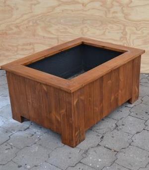 Planter box Shenaz series 980 Treated