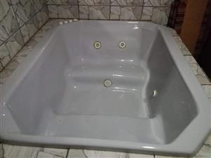 Jacuzzi for sale