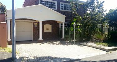 Stunning Modern Executive corner house for sale in Sybrand Park