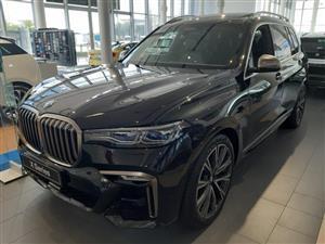 2020 BMW X7 M50d (G07)