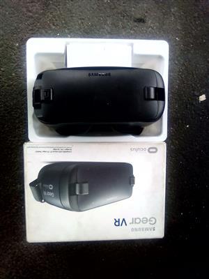 Samsung VR headset for sale