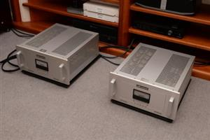AUDIO RESEARCH REFERENCE 250 MONOBLOCK POWER AMPLIFIERS