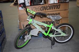 Green diamond back kiddies bike for sale