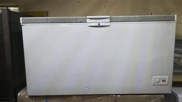 Defy DMF456 chest freezer 482L