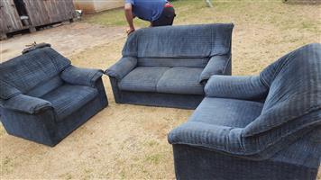 3pc lounge suite R1800
