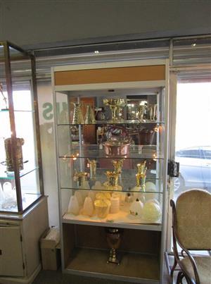 4 TIER GLASS SHELF DISPLAY CABINET