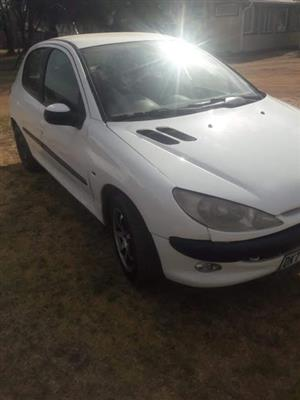PEUGEOT 206  1.6  2005 MODEL  STRIPPING FOR SPARES CONTACT TOEKS