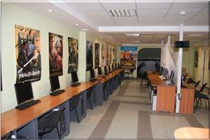 5 Seater Internet Café combo