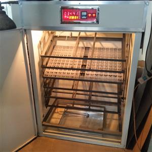 2000 automatic chicken egg incubator hatching