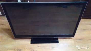 42 inch Lg smart series 8 tv