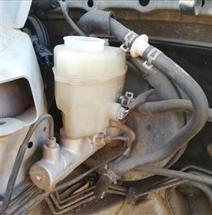 Toyota Camry 2.4 2005 Sedan Australia Limited Brake Booster, Brake Fluid Bottle and Brake Master Cylinder