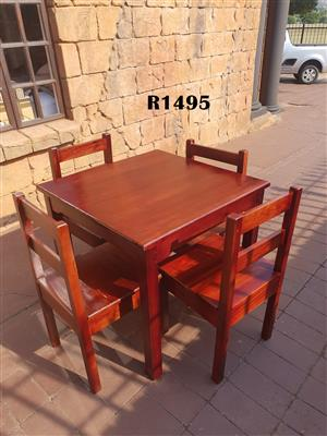 Teak Table with 4 Chairs (870x870x800)