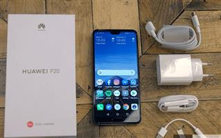 **STYLISH** Huawei P20 in box 128GB to sell or swop