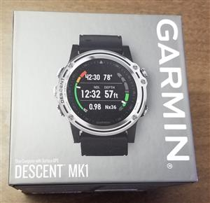 Garmin Descent MK1 Sapphire GPS Silver With Black Band
