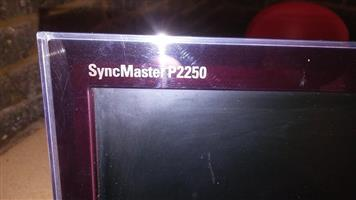 Syncmaster monitor for sale