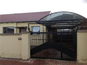A neat, safe and secure 2 bed-roomed house to let in Fleurhof ext 6