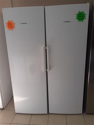Bosch fridge & freezer.